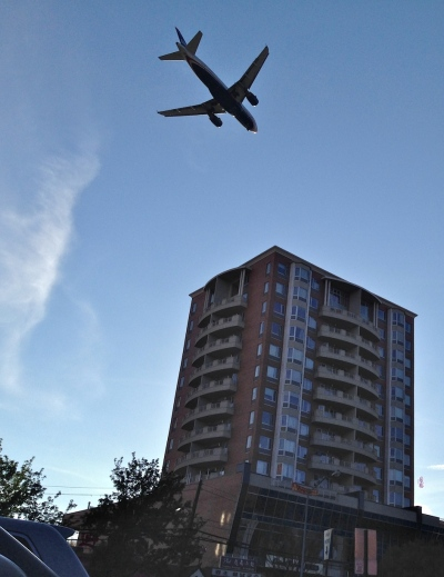 Passenger jet over Flushing