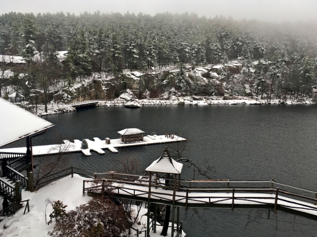View of the Mohonk lake from guest room, in winter 2016