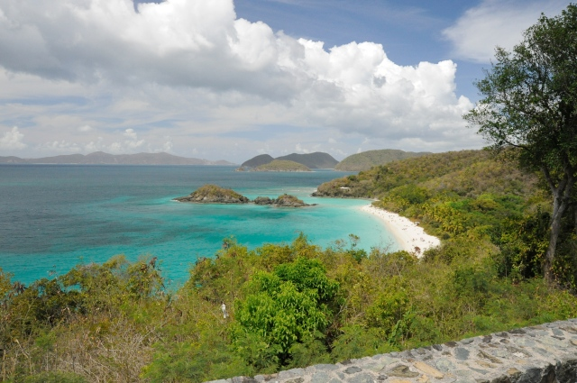Trunk Bay as seen from the road