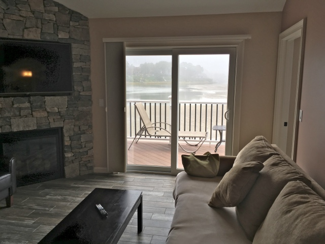 Tidal Suites at the Norseman Resort - view of the river from the living room