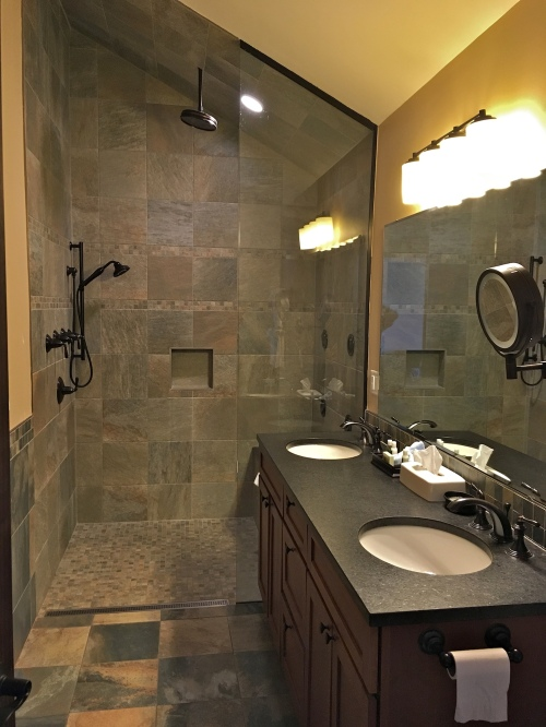 Tidal Suites at the Norseman Resort - bathroom and shower