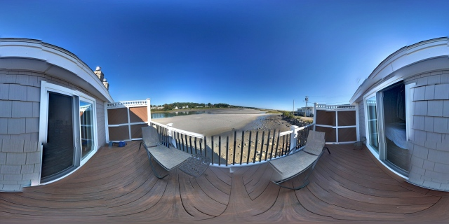 Tidal Suites at the Norseman Resort - panoramic view of the river at low tide from the deck