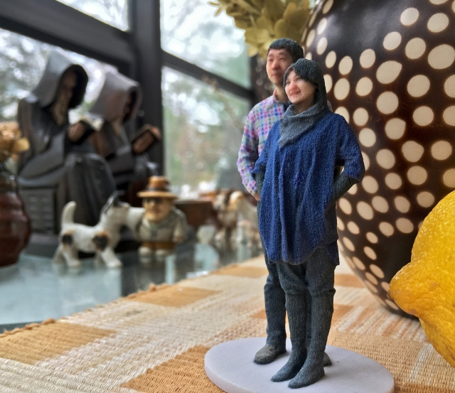 3D Selfie in 1:20 scale scanned at Madurodam and printed by Shapeways with two coasts of spray varnish