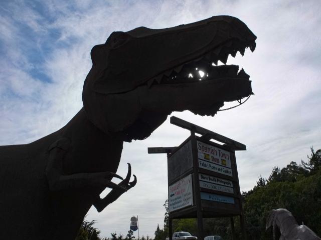 A sculpture of Tyrannosaurus rex at Spanish Town, Half Moon Bay