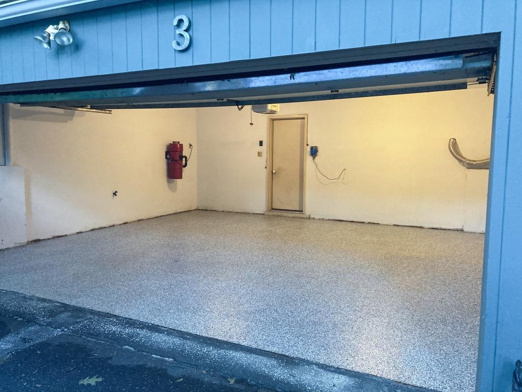 The finished epoxy garage floor